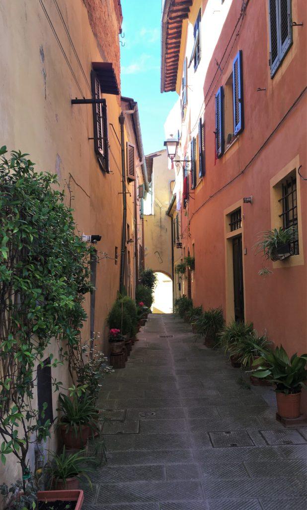 Nach Westen nach Lari und Sant'Ermo: Treffen mit Kristina 2