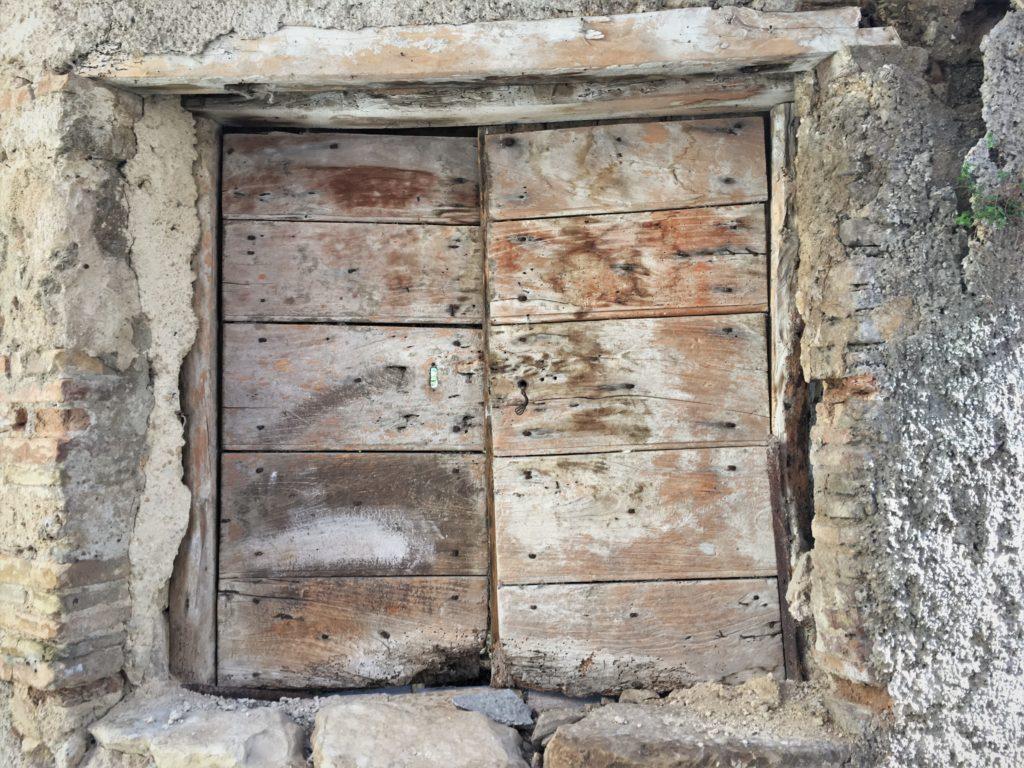 Warten auf das Fenster und Flucht in den Süden: Von der Maremma nach Apulien 16